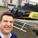 Andre vorm Online Marketing Rockstars Helikopter
